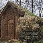 turf roof house. | Photo taken by Kim C