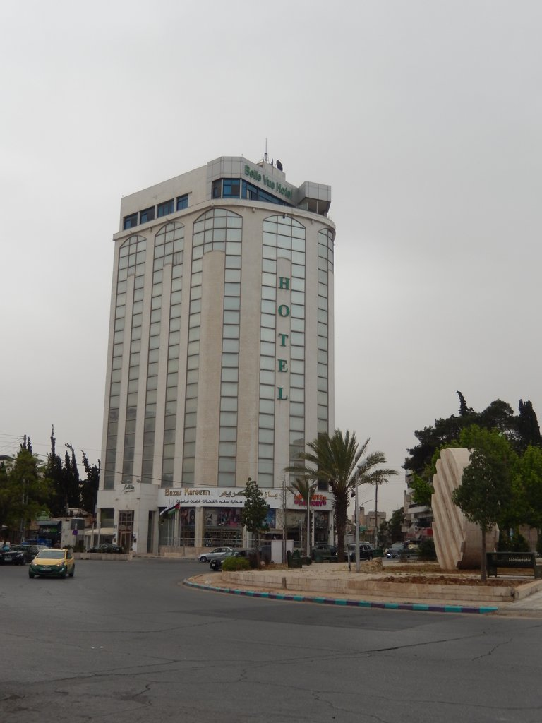 We stayed at Belle Vue Hotel on 2nd Circle, Amman | Photo taken by Linley V