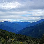 The way down from Poon Hill | Photo taken by Herman L