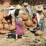 Local potters, Mandalay | Photo taken by ALAN G