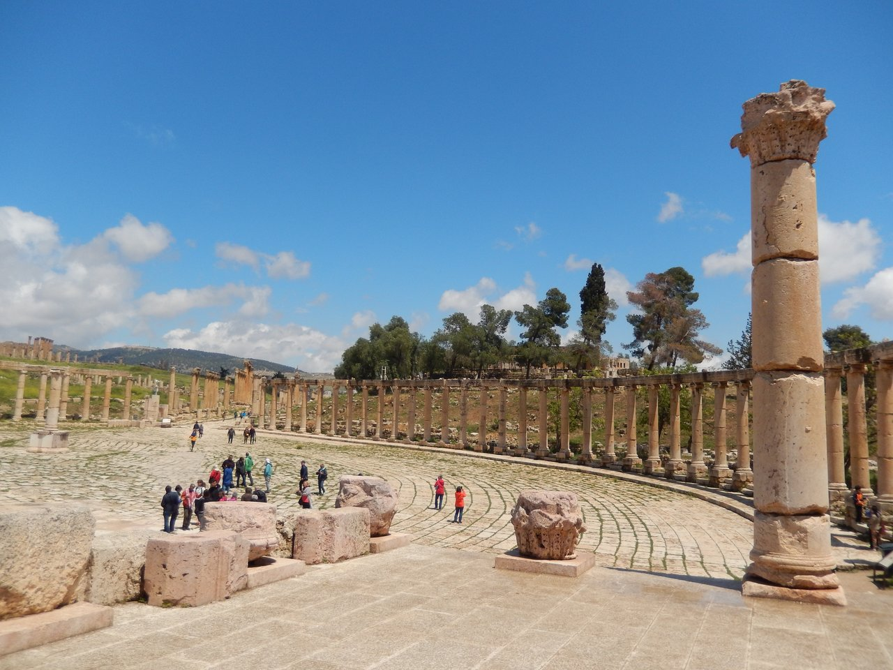 The well-preserved Forum at Jerash | Photo taken by Linley V