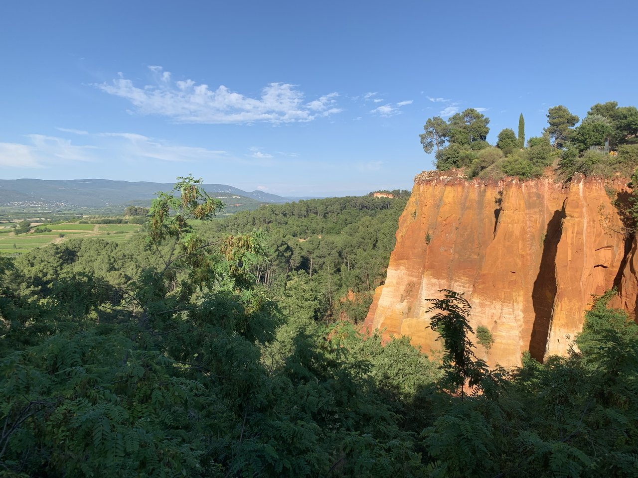 The ochre cliffs of Roussillon  | Photo taken by Richard L