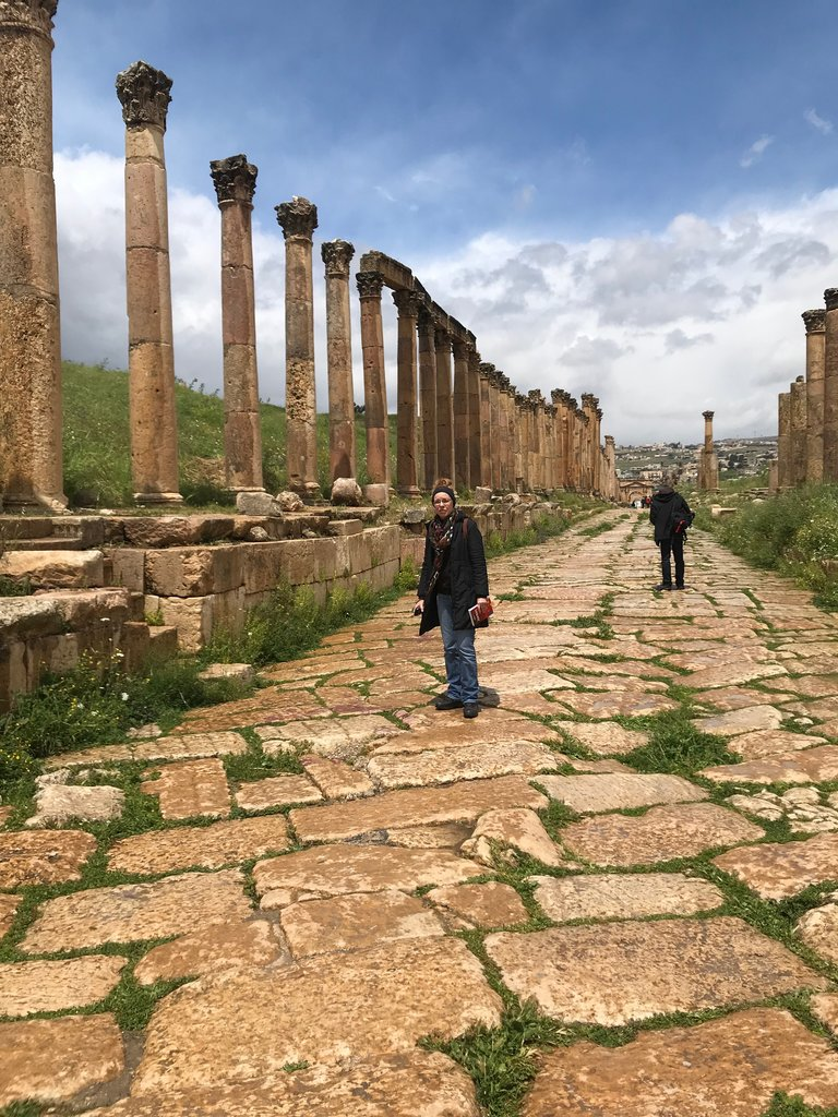 Cardo Maximus, Jerash | Photo taken by Linley V