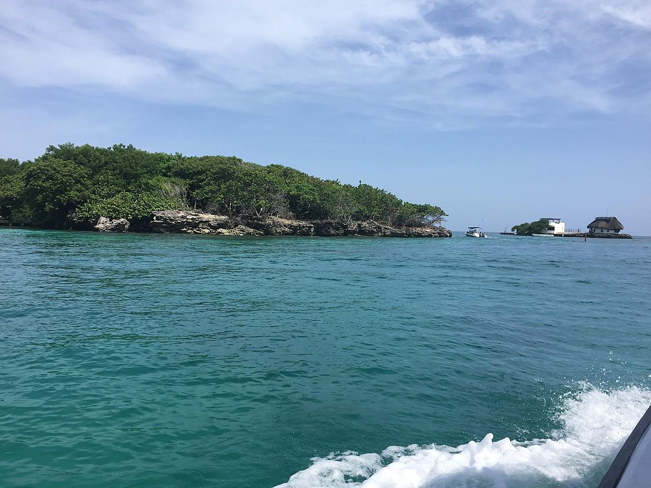 Isla Grande - Rosario Islands | Photo taken by David B