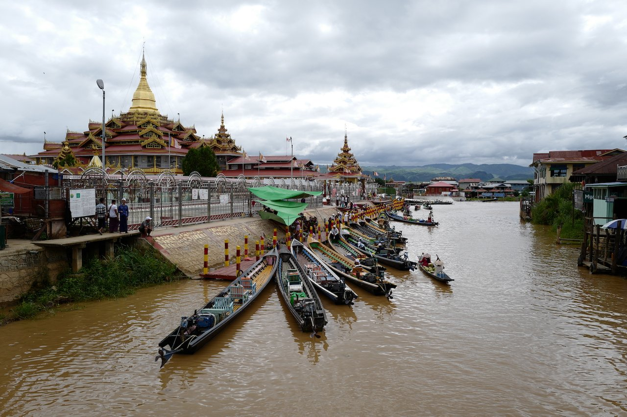 Phaung Daw Oo Pagoda with Inle Lake's Longtailed-boats | Photo taken by Su-Lin T
