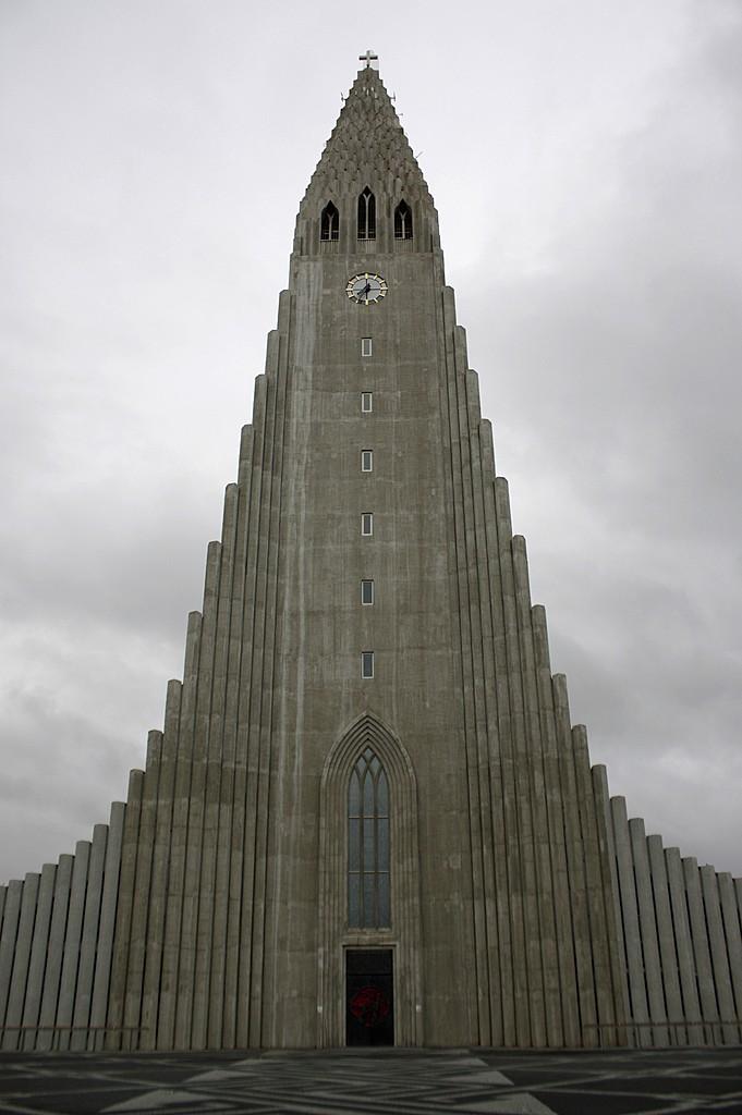 Hallgrimskirkja, Reykjavik   Photo taken by Kim C