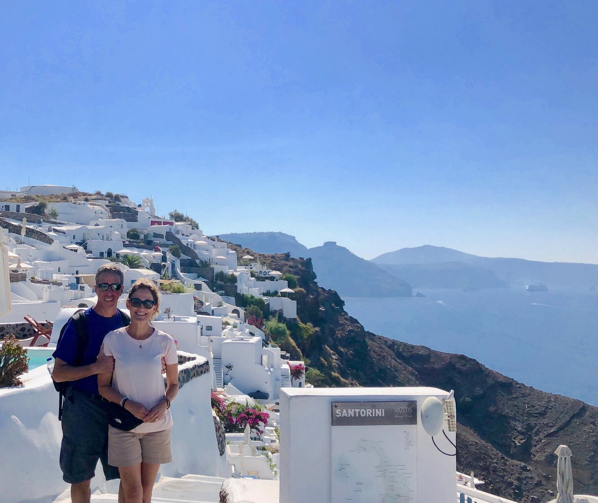 Heading into Oia | Photo taken by Rebecca R