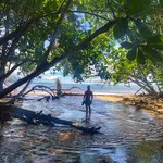"The ""guided tour"" back to Cahuita 