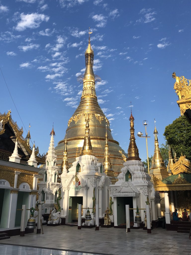 Swedagon Pagoda | Photo taken by Gregory R