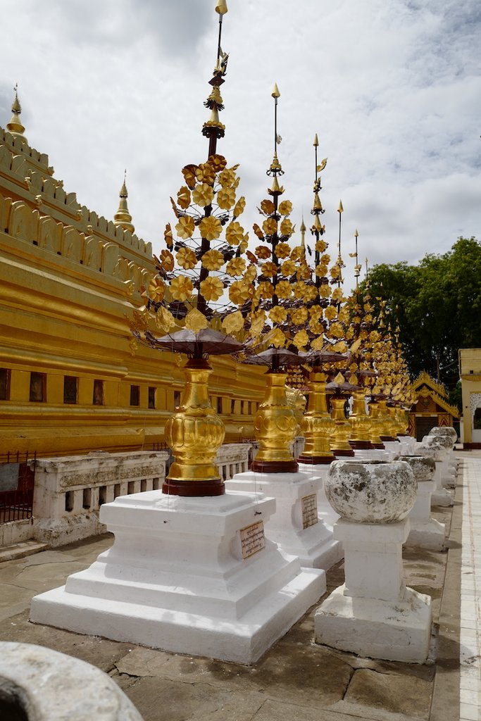Shwezigon Pagoda | Photo taken by Su-Lin T