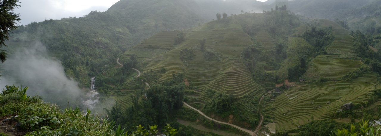 We are greeted by this gorgeous view on our way to Sapa!    Photo taken by Su-Lin T