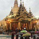 The pagoda of Yangon | Photo taken by Cynthia C