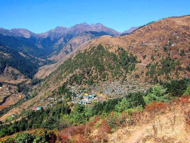 Trek to Phaplu via Tubthencholing