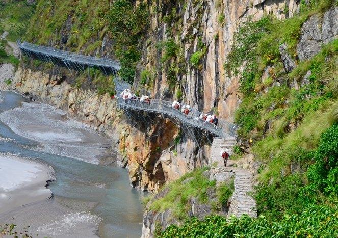 Trek to Maccha Khola (800m)
