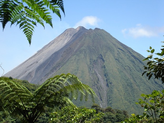 Arenal Volcano – Hanging Bridges / La Fortuna's Waterfall / Hot Springs
