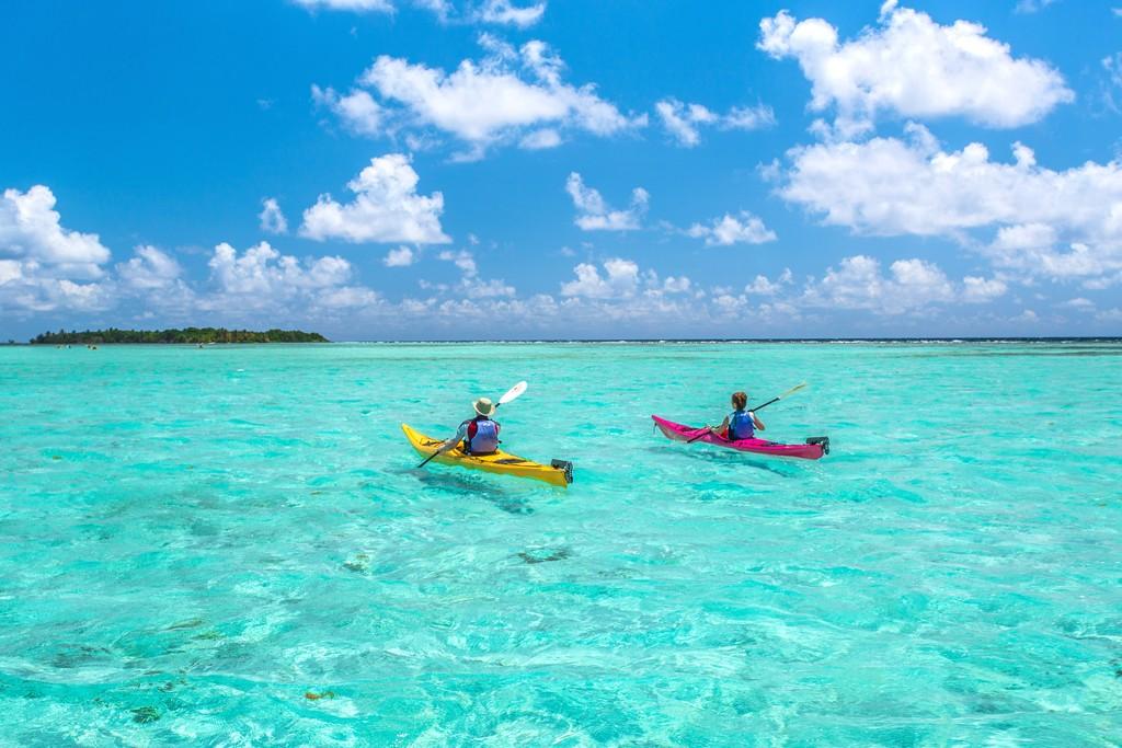 Sea Kayaking Glover's Reef