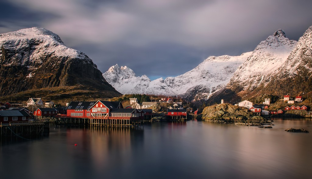 Snowcapped scenery in the Lofoten Islands
