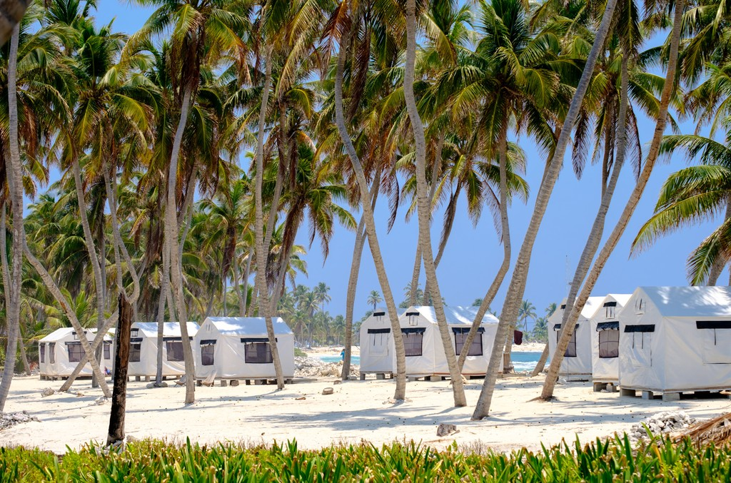 Safari style camp on Half moon Caye, Belize