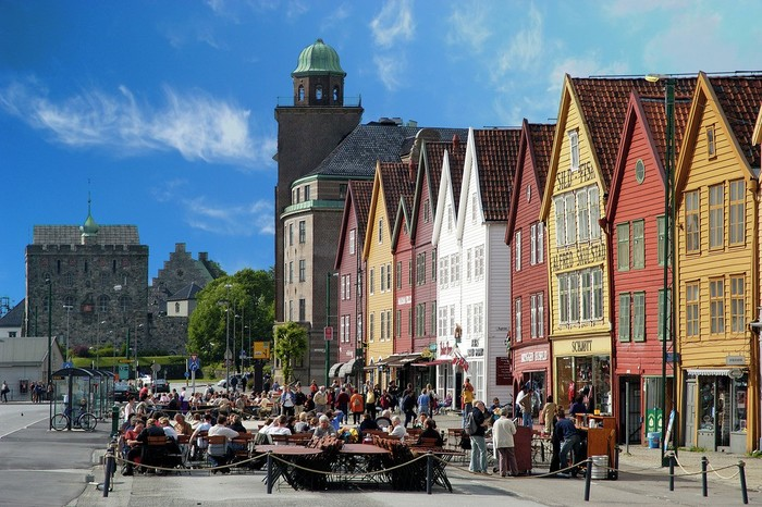 Explore Local Bergen on Your Own & with 2 hrs local guide