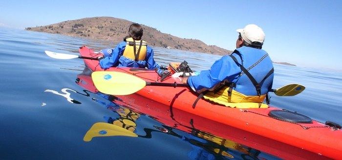 Kayaking Taquile/ Llachon