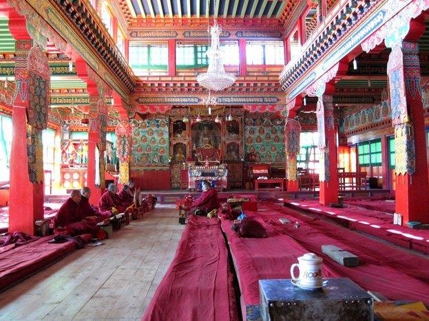 Visit Thubtenchoeling monastery