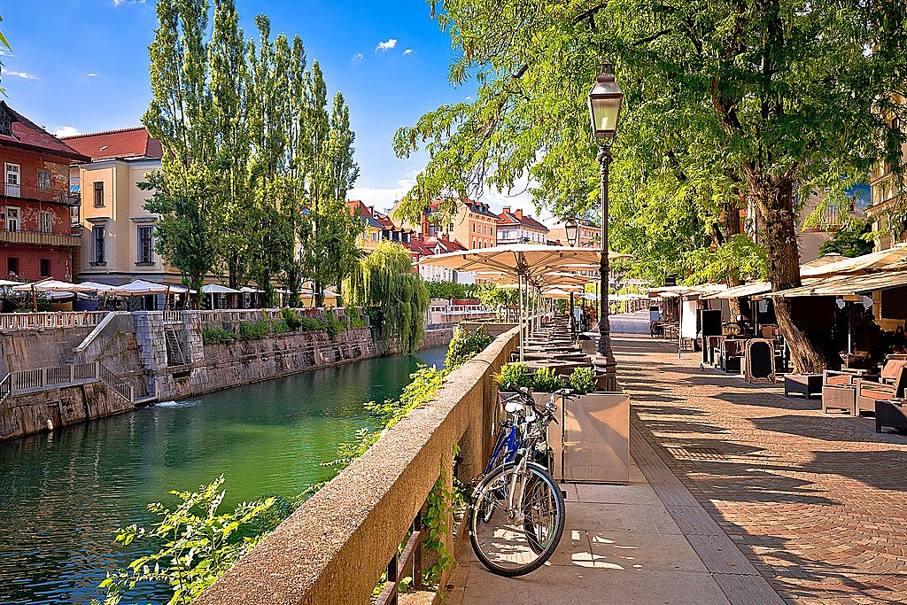 Loiter along the Ljubljanica River