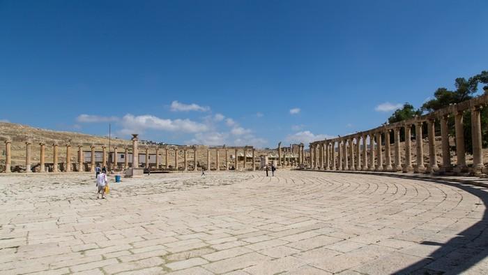 Roman ruins of Jerash & Ajloun castle
