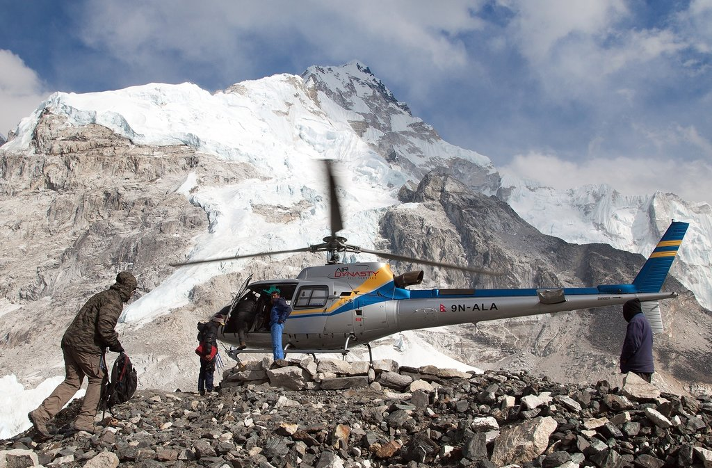 A memorable Heli tour experience in the Himalayas