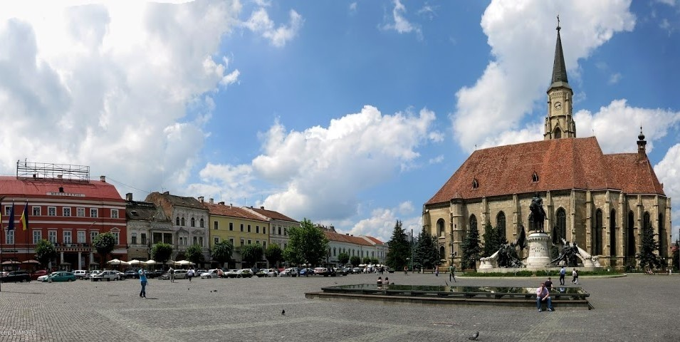 Cluj's center with the Cathedral