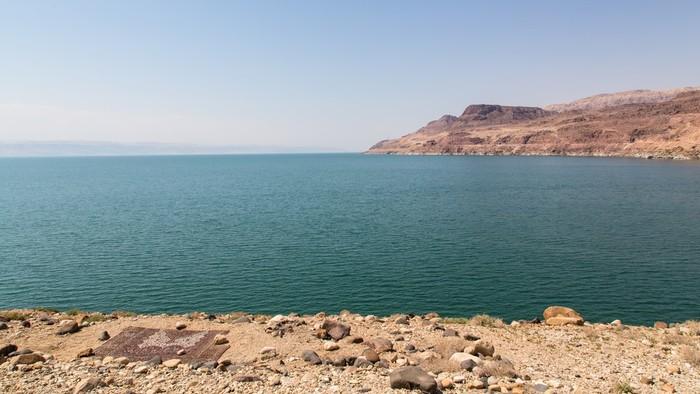 The Dead Sea & Shobak castle
