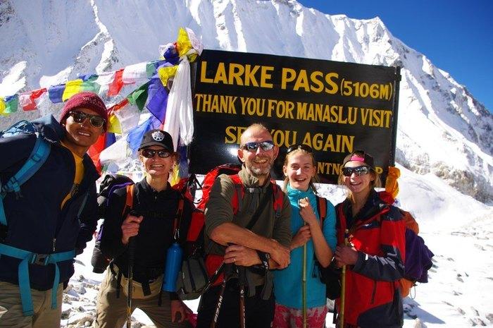 Cross Larkya La (5135m) to Bimtang (3590m)