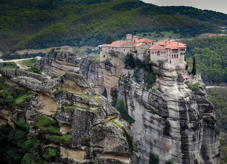 Clifftop monasteries of Meteora