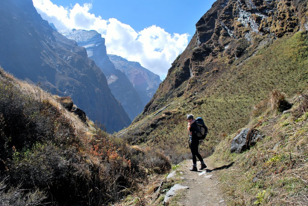 The trail to Himalaya Hotel