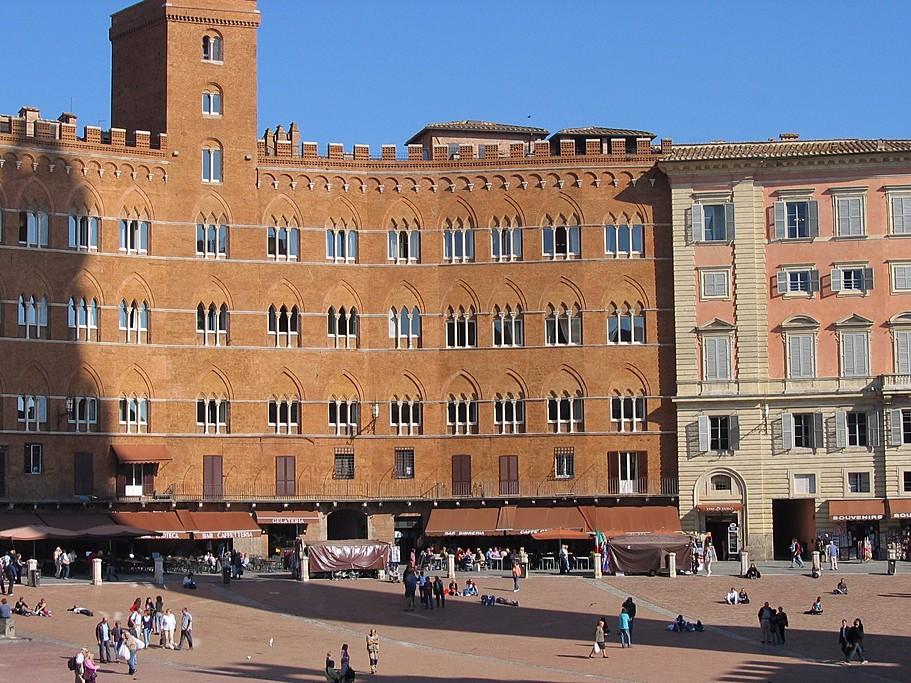 Siena, Piazza del Campo, Italy