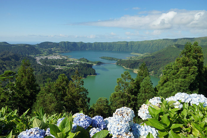 Welcome to Ponta Delgada + Discovering Sete Cidades