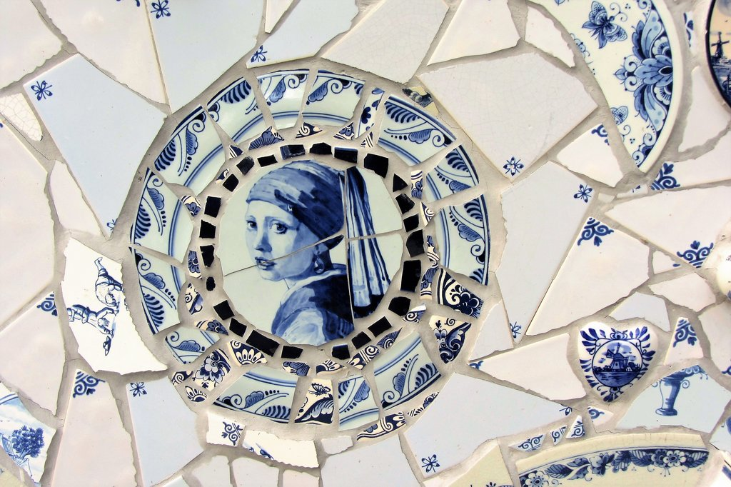 """A mosaic rendition of """"Girl with a Pearl Earring"""""""