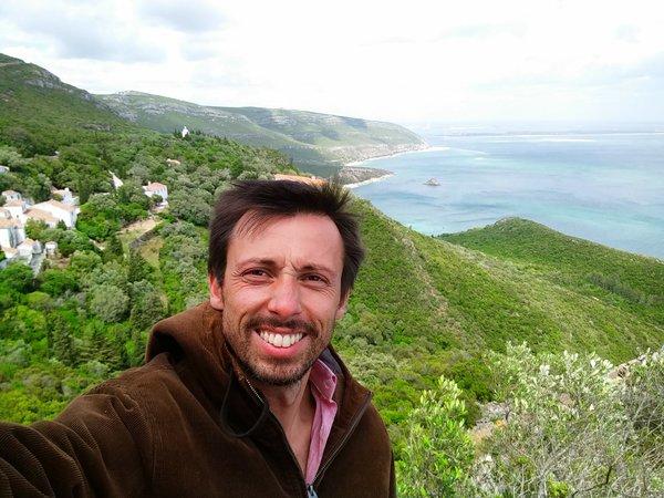 Profile photo for Joel Oliveira