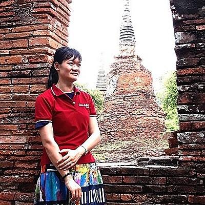 Travel specialist Linh Do