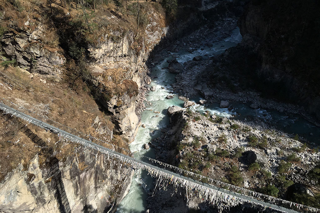 Suspension bridge over the Dudh Kosi river